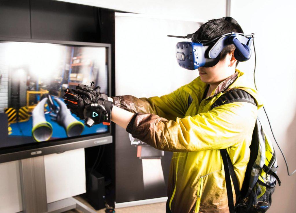 VR - wirtualna rzeczywistość