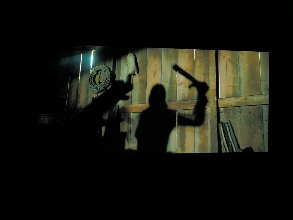 zew-krwi-na-ekranie-lg-oled-55cx (7)
