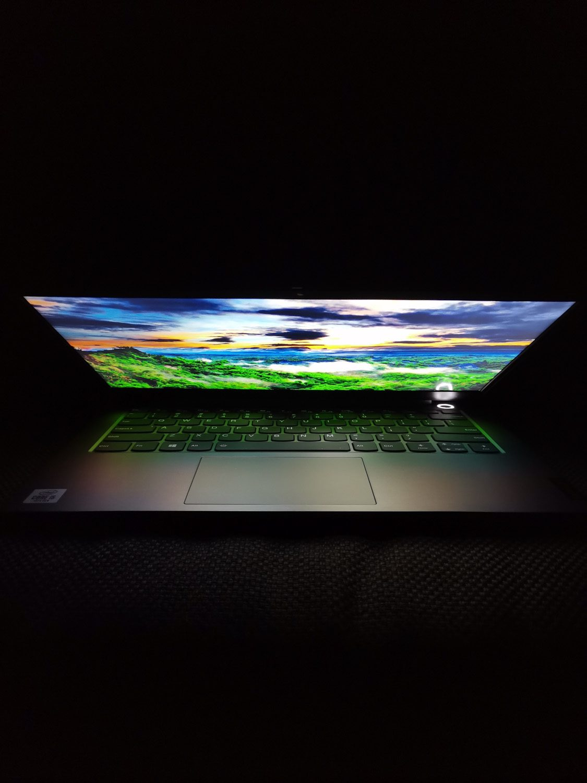 Lenovo ThinkBook 14 kat widzenia zamknieta klapa