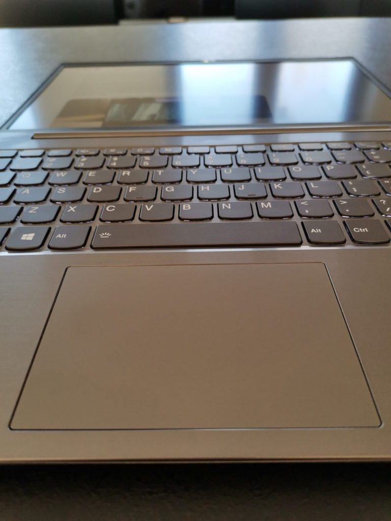 Lenovo ThinkBook 14 touchpad