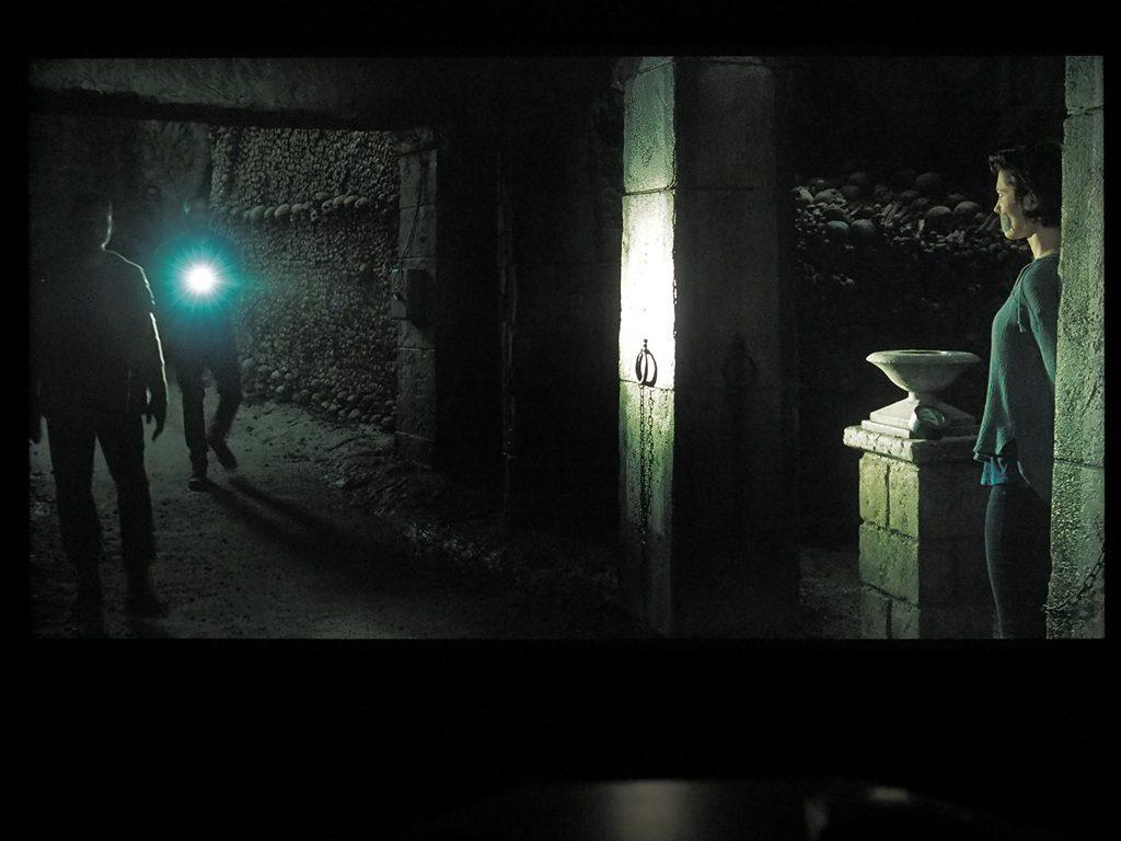 blizniak-kadr-z-filmu-sony-xh9005-3