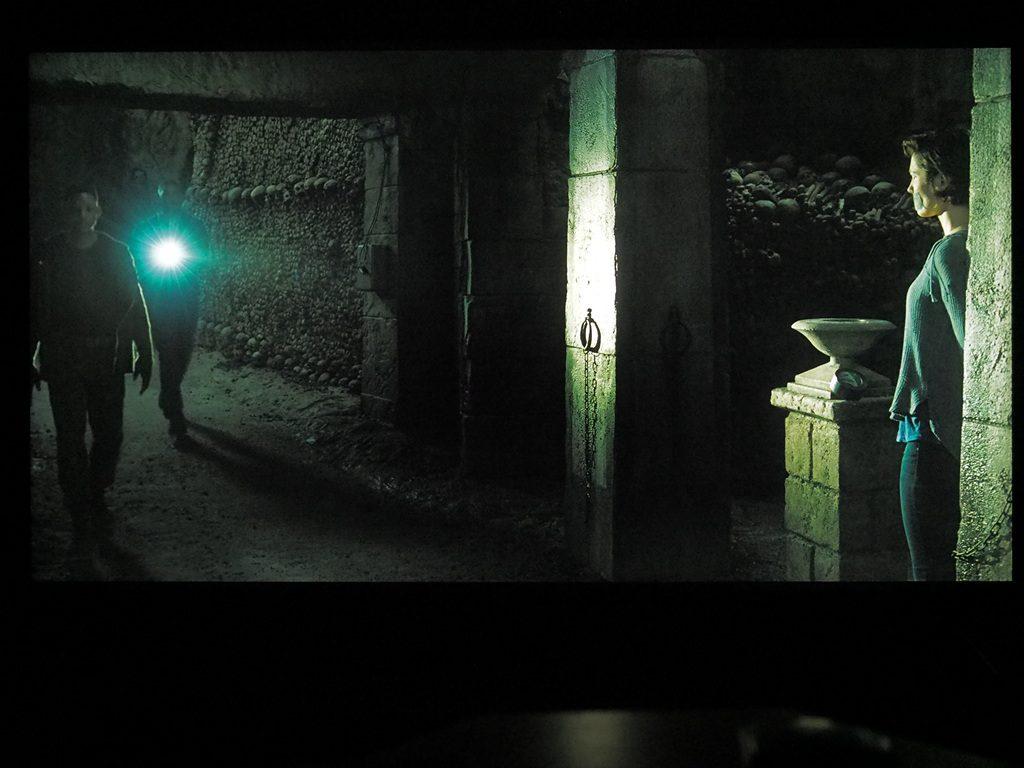blizniak-kadr-z-filmu-sony-xh9005-5