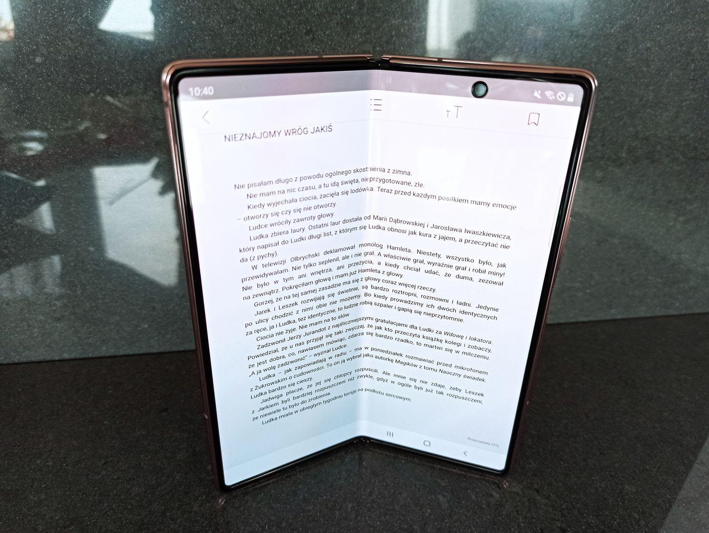 czytanie na Z Fold 2