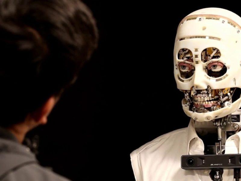 Disney stworzył robota. Jego spojrzenie jest przerażające