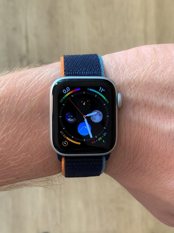 apple watch se na dużej ręce