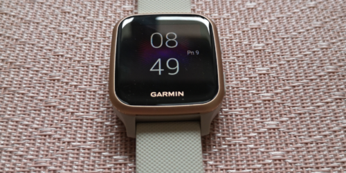 Test i recenzja Garmin Venu SQ Music. Czy ten zegarek potrafi nadać życiu odpowiedni rytm?