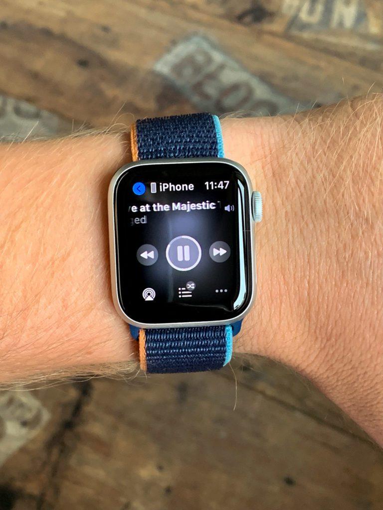 sterowanie muzyką apple watch