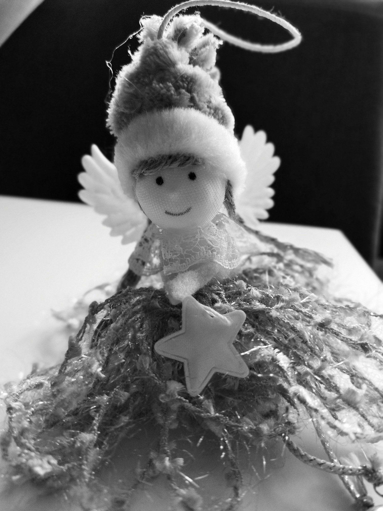 aniołek tryb portret z filtrem zdjęcie poco m3