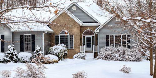 Inteligentny dom zimą – jak przygotować i o czym warto pamiętać?
