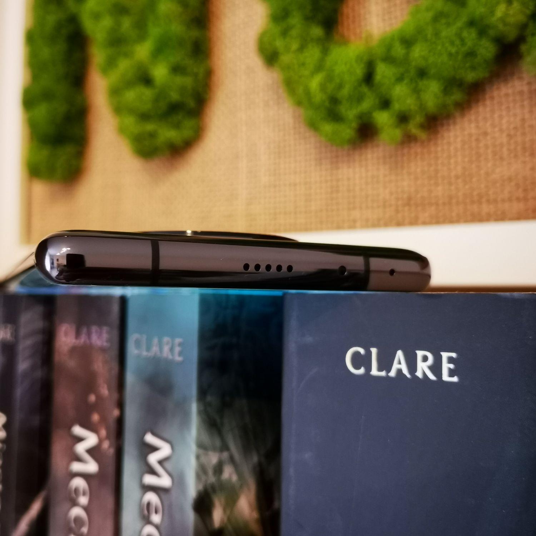 Huawei Mate 40 Pro miktofon i głośnik stereo