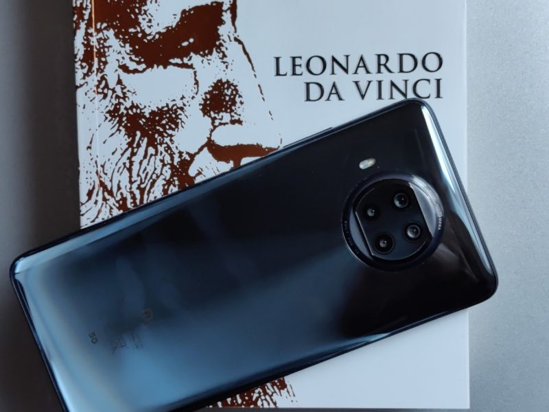 Zgłębiam tajemnicę kwadratury koła w recenzji Xiaomi Mi 10T Lite 5G