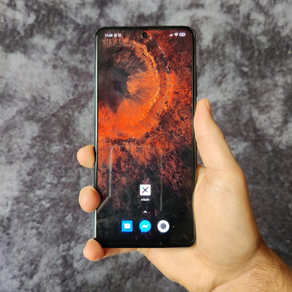 Xiaomi Mi 10T Lite 5G w ręce
