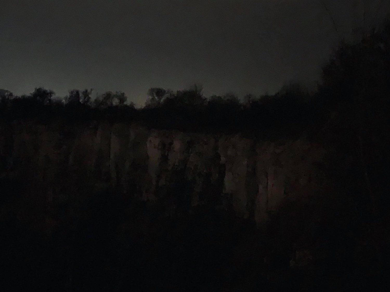 kamieniolomy czestochowa w nocy