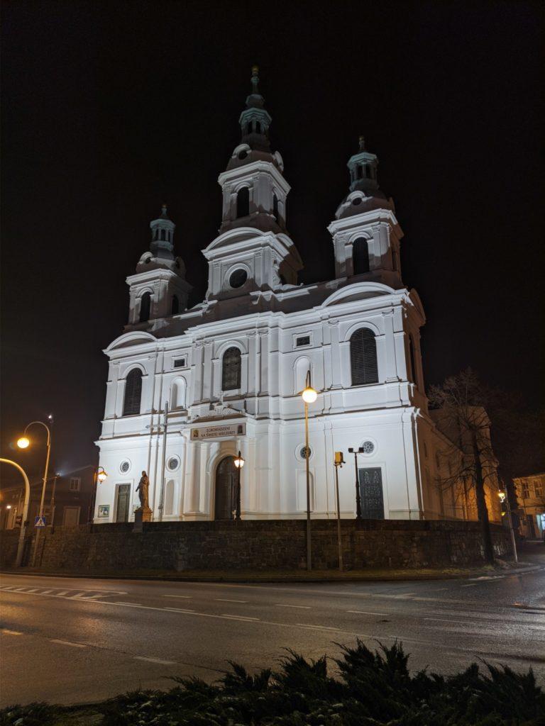 oneplus 7t pro tryb nocny Google Camera kościół