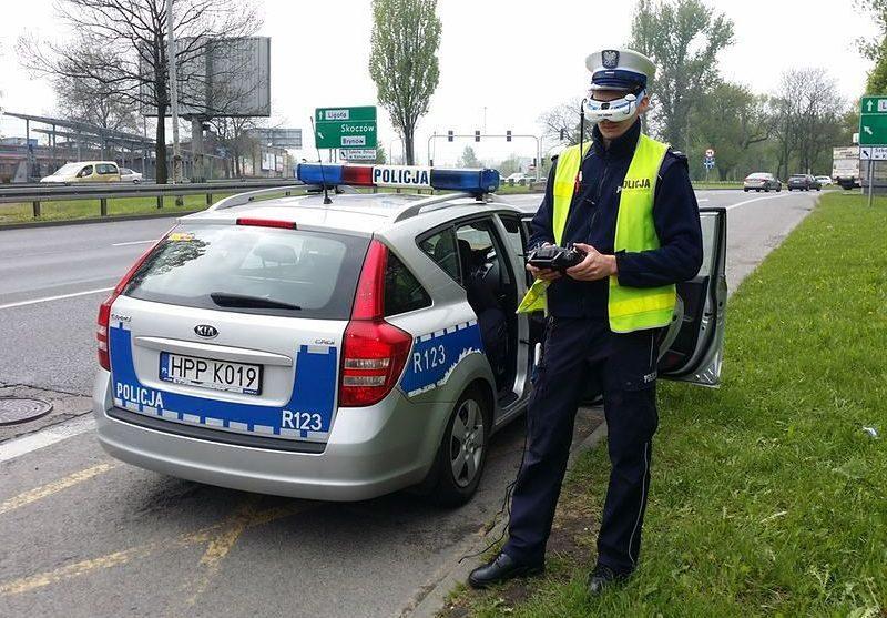 Drony pomogą polskiej policji walczyć z piratami drogowymi