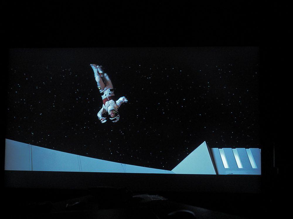 kadr z filmu Star Trek Pierwszy Kontakt na ekranie samsunga 65q67ta