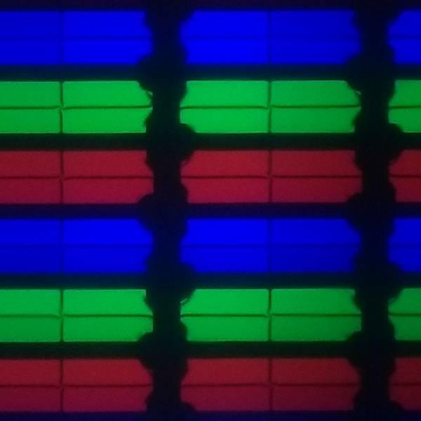 układ pikseli w toshibie 32la3B36