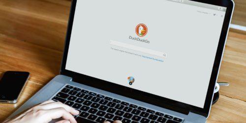 Wyszukiwarka DuckDuckGo, czyli czym jest kaczka o pamięci złotej rybki?