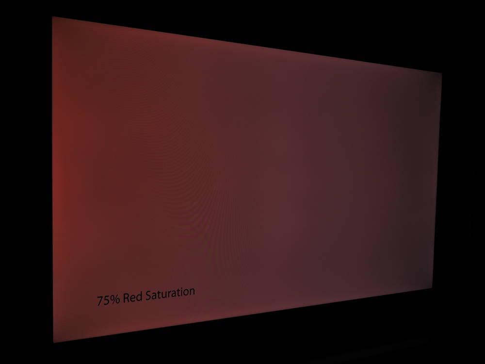 czerwona plansza na ekranie tcl 55p615 - pod kątem kolor blednieje