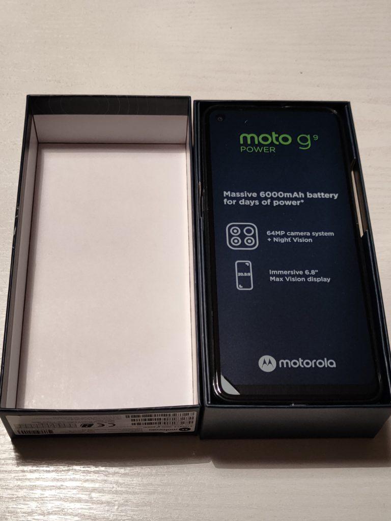 Moto G9 Power otwarte pudełko