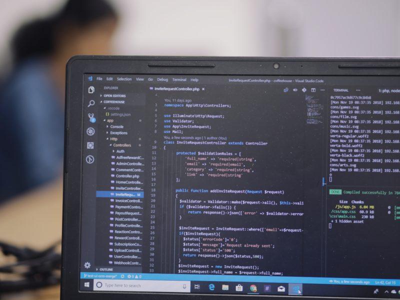 Jak stworzyć stronę internetową? Podstawy