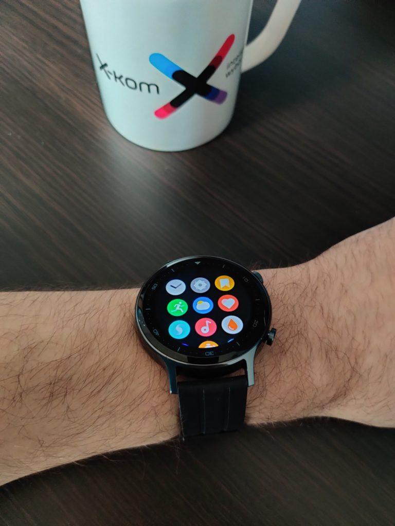realme Watch S menu na ręce