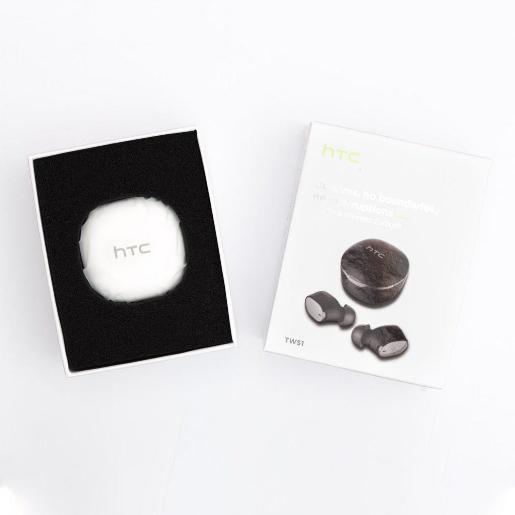 Opakowanie słuchawek HTC Wireless Earbuds