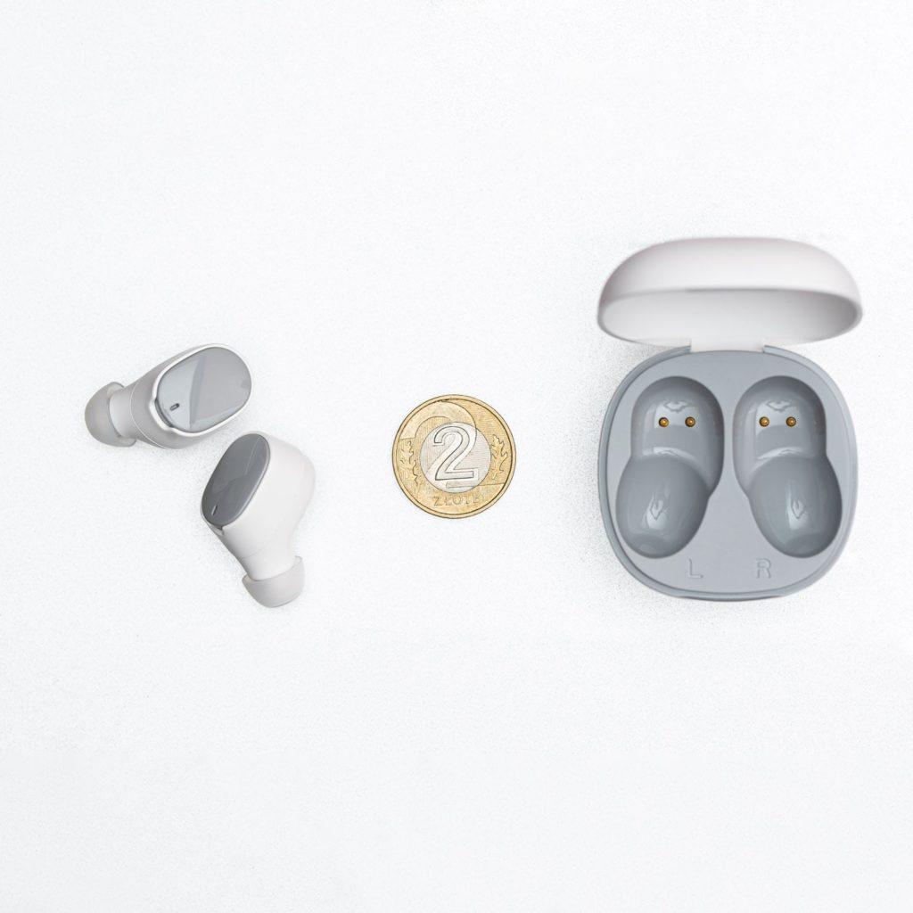 Etui i słuchawki HTC Wireless Earbuds