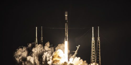 Misja Starlink-19 zakończona sukcesem, jednak rakieta Falcon 9 utonęła w oceanie