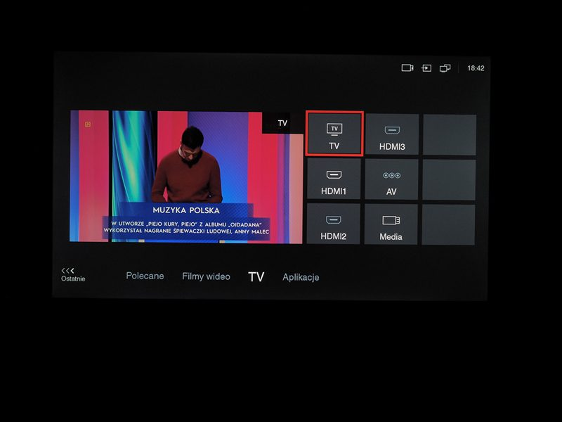 ekran systemu operacyjnego telewizora tcl 50p610
