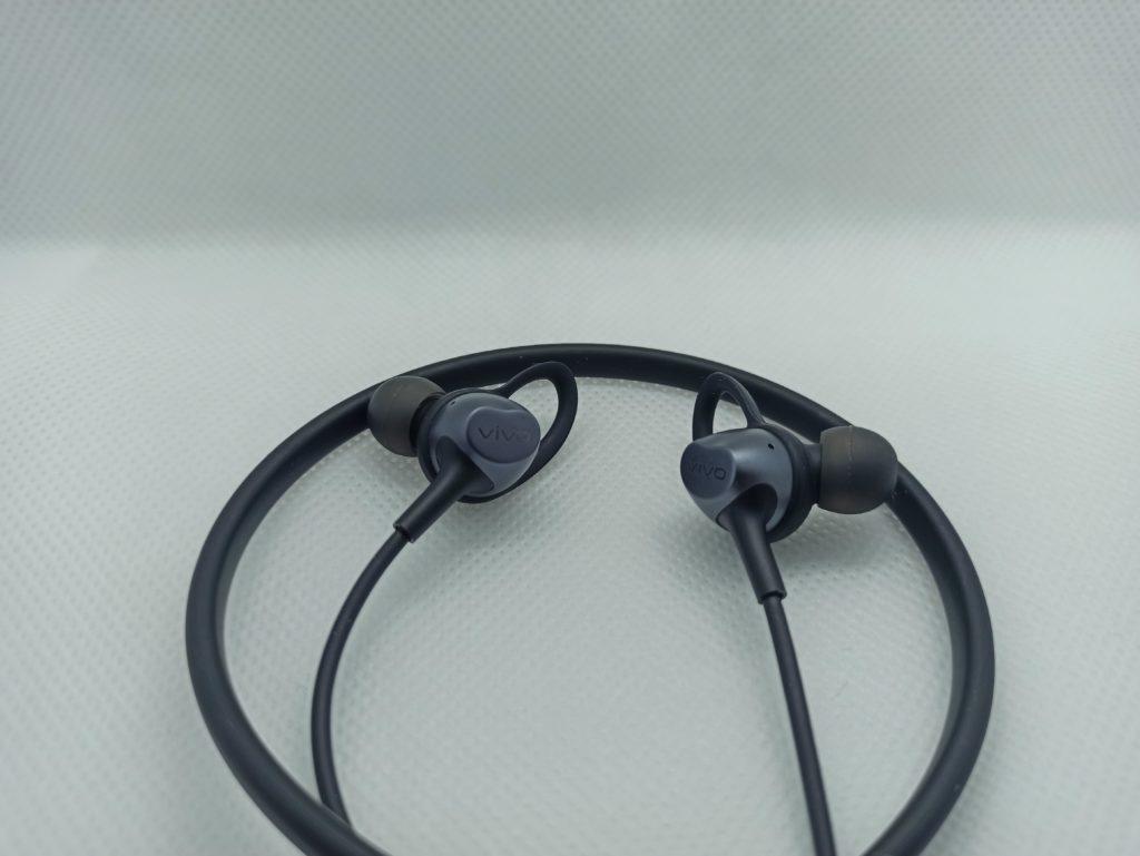 vivo wireless sport słuchawki i silikon