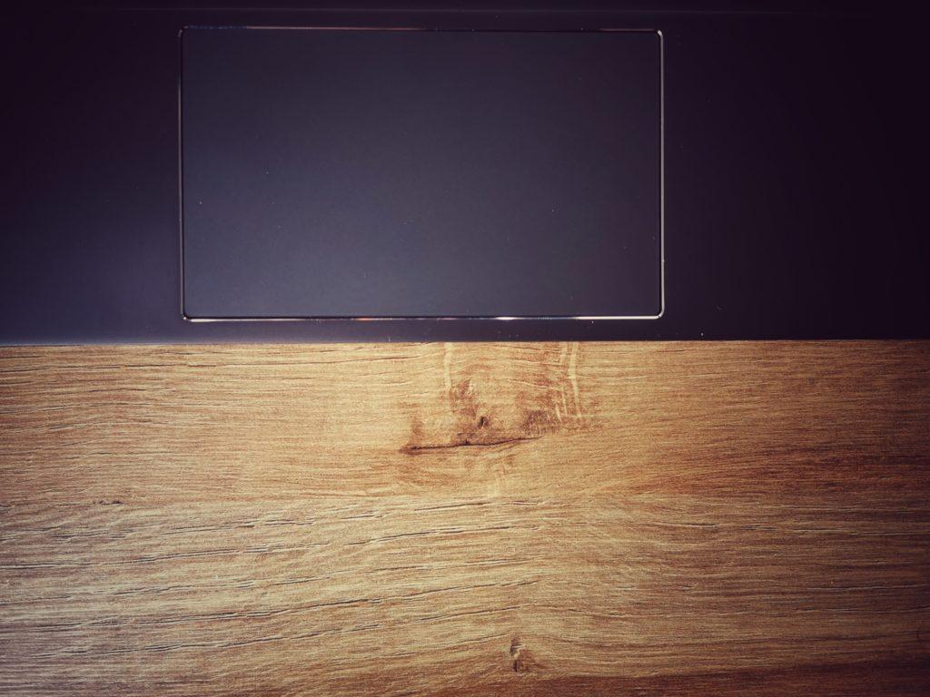 Lenovo ThinkBook Plus e-ink gładzik