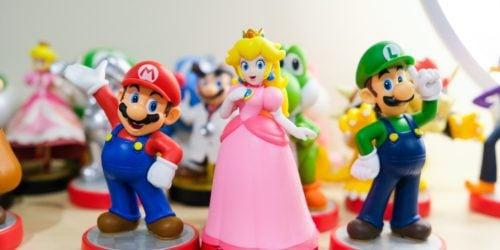 """10 marca """"Dniem Mario"""". Przypominamy najlepsze gry z wąsatym hydraulikiem, który stał się ikoną gier wideo i flagową maskotką Nintendo"""