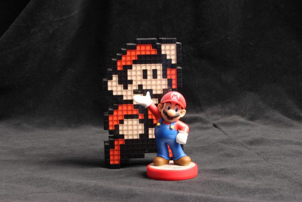 Mario pikselowy i trójwymiarowy