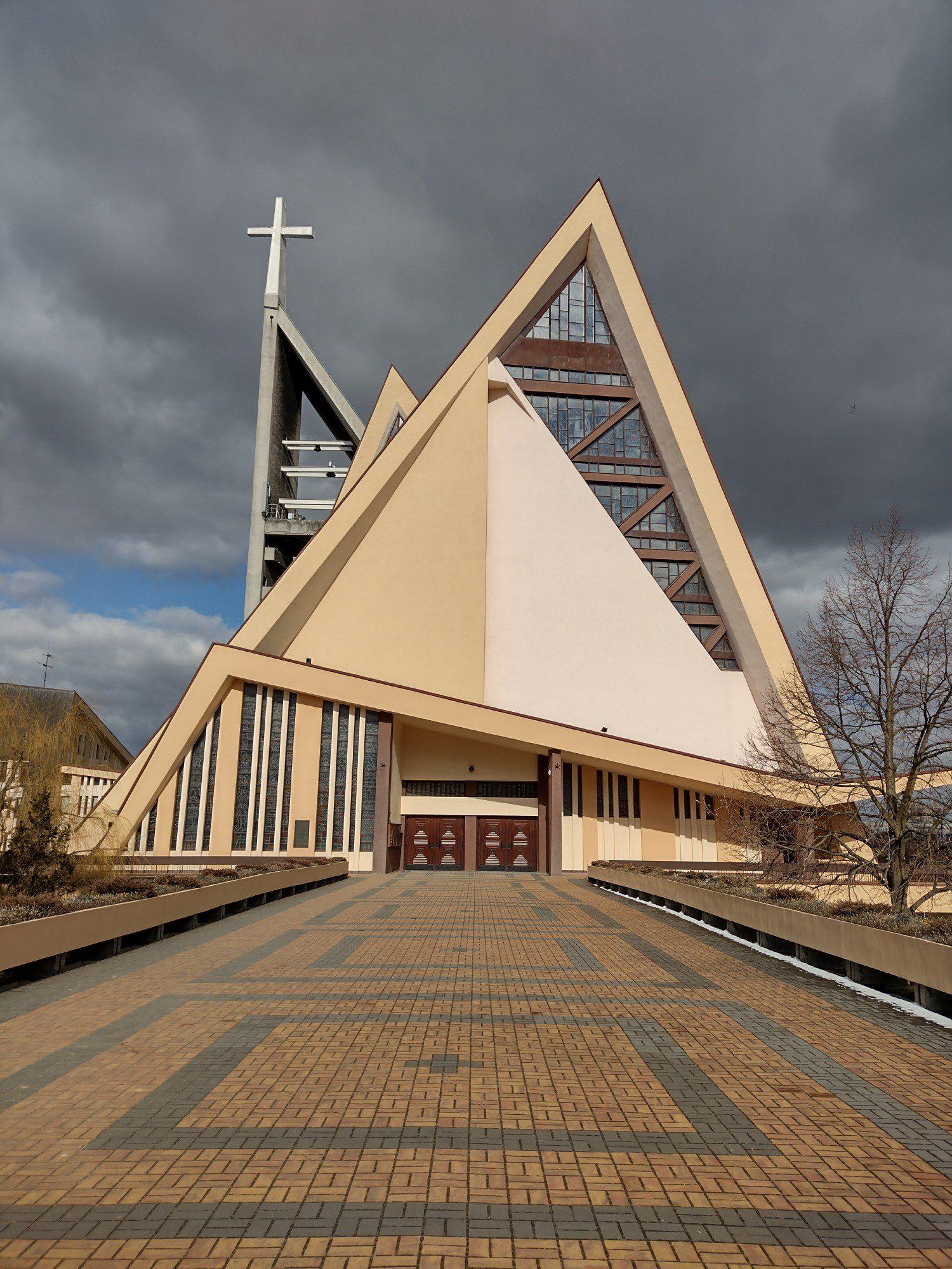 moto g30 zdjęcie kościoła