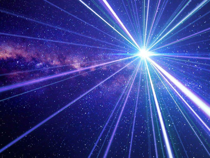 """Już nie tylko """"Star Trek"""" – podróże z prędkością warp będą możliwe?"""