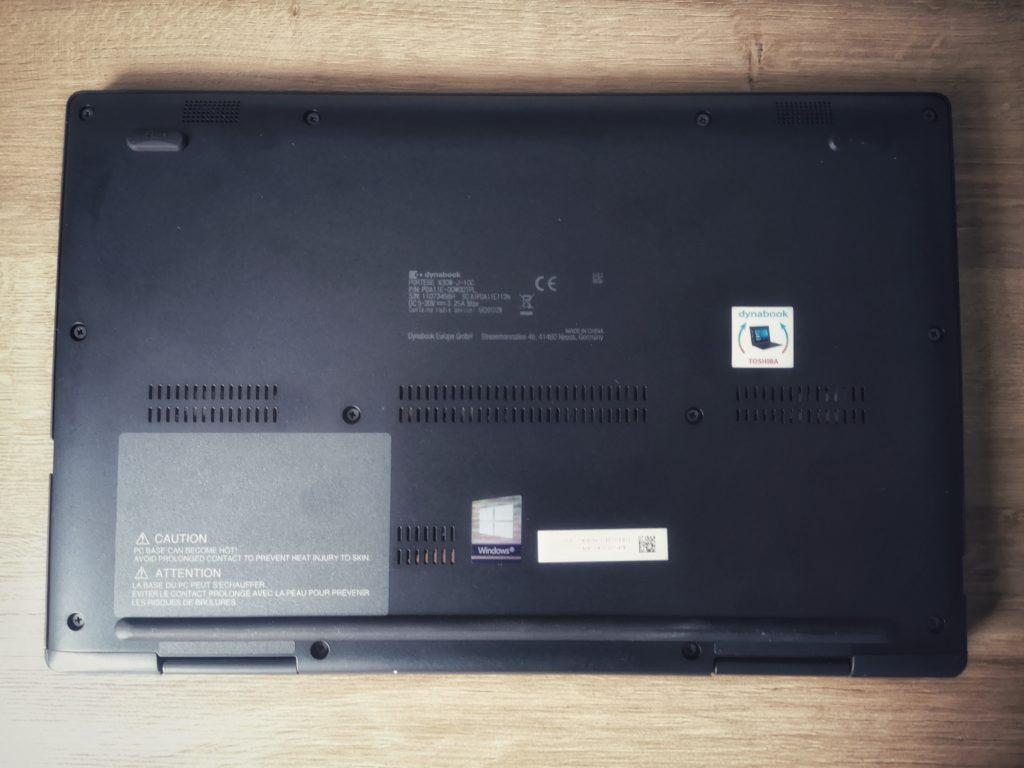 Dynabook Portégé X30W-J spód