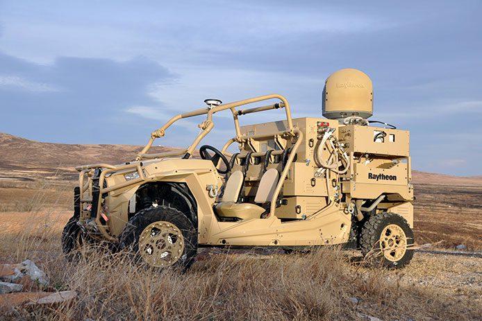 Raytheon laser mobilny
