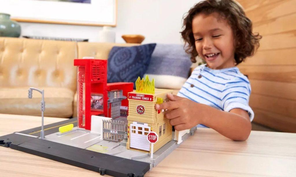 Mattel Matchbox remiza strażacka