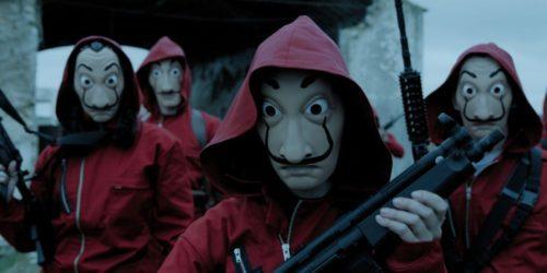 """""""Dom z papieru"""" – serial, który porwał tłumy. Co trzeba o nim wiedzieć? Obsada, """"Bella ciao"""", czerwone kombinezony i maski"""