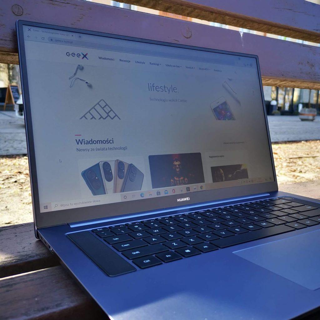 """Huawei MateBook D16 ekran 16"""""""