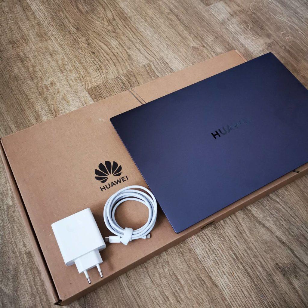 Huawei MateBook D16 opakowanie