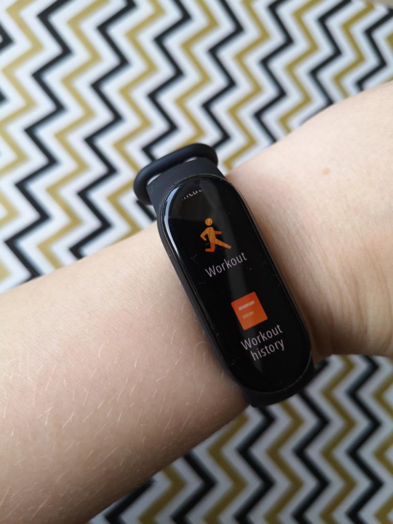 Test i recenzja Xiaomi Mi Band 6