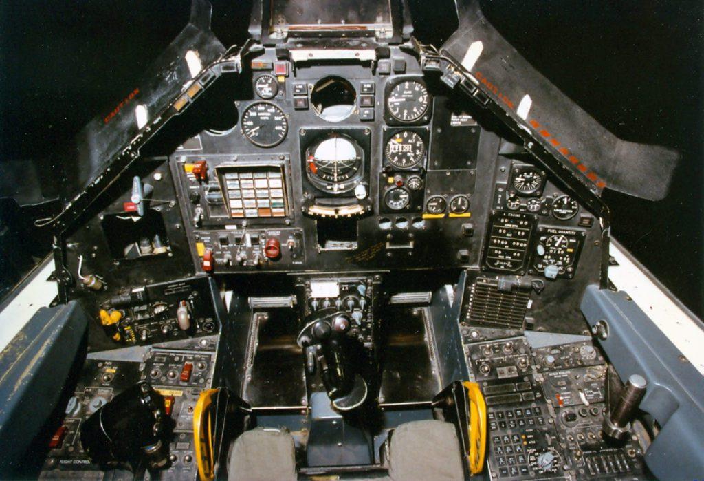 F-117 kokpit