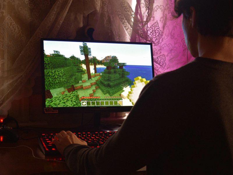 Minecraft to nie tylko programowanie. Czego jeszcze uczą wirtualne klocki?