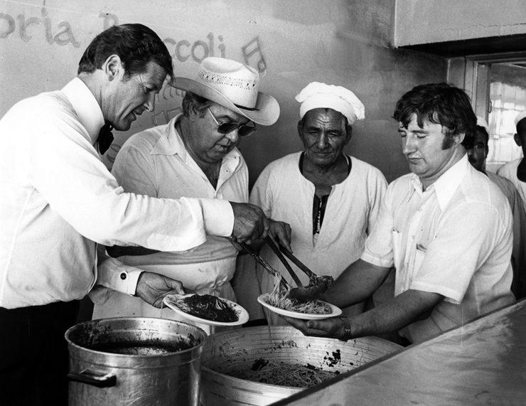 kuchnia Jamesa Bonda gotowanie dla ekipy filmowej