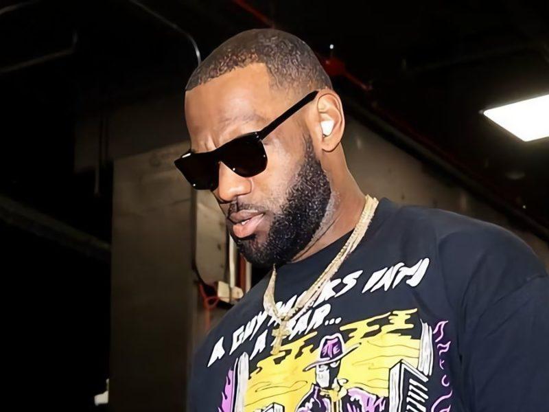 LeBron James przypadkiem zaprezentował nowe słuchawki Apple. Tak będą wyglądać Beats Buds Pro?
