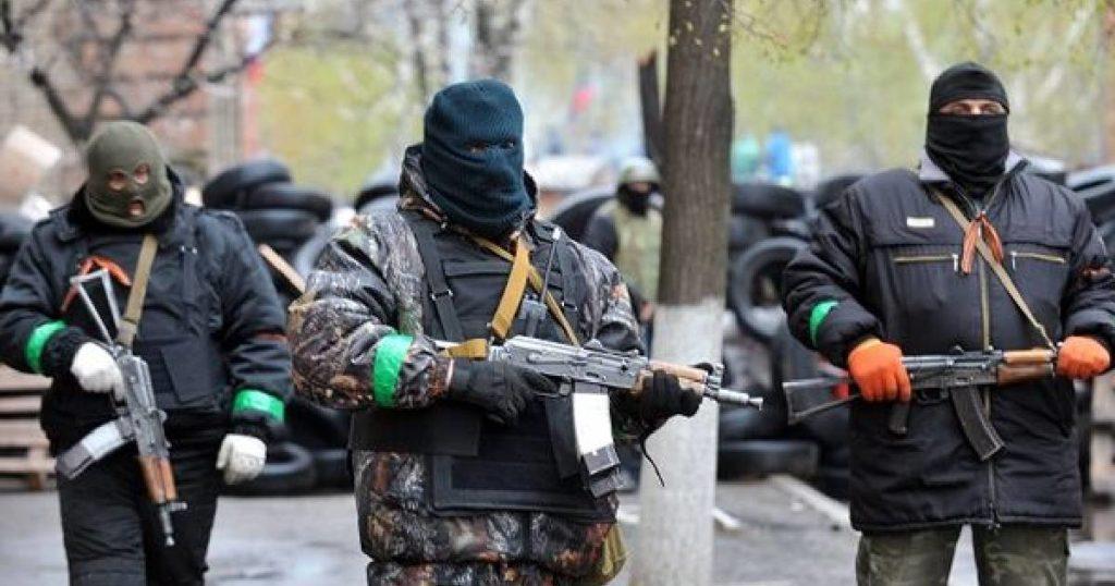 uzbrojeni ludzie