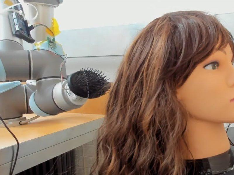 RoboWig, czyli robot, który walczy ze… splątanymi włosami