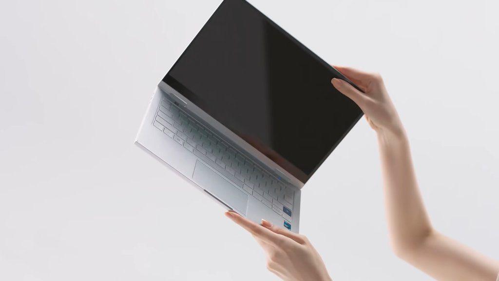 samsung galaxy book flex 2 w rękach